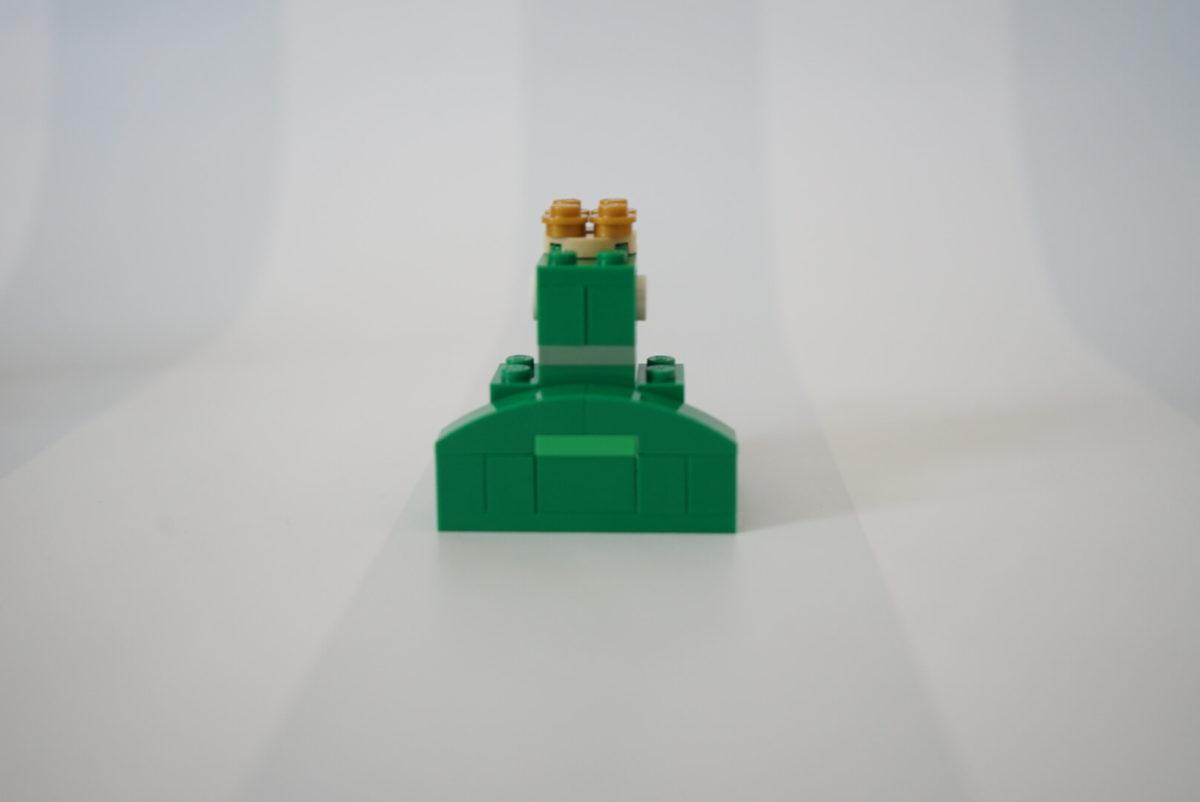レゴで作ったカエル