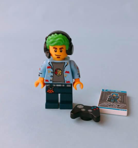 レゴミニフィグシリーズ19 Video Game Champ(ビデオゲームのチャンピオン)