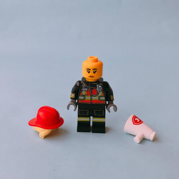 レゴミニフィグシリーズ19 Fire Fighter(消防士)