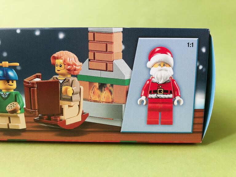 レゴアドベントカレンダー シティのサンタのミニフィグ