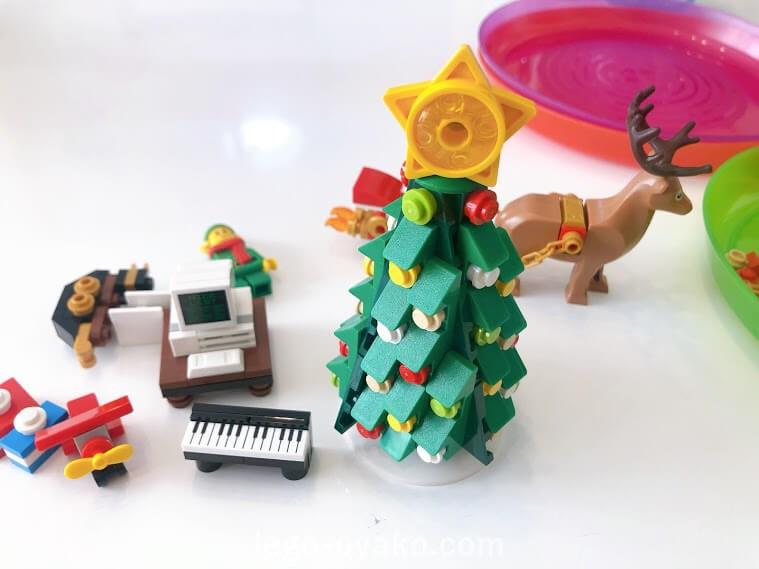 レゴ(LEGO) クリスマス・ウィンター・ビレッジ エルフのクラブハウス 10275のレビュー クリスマスツリー